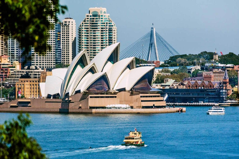 AUSTRALIA (CAPA) - 2