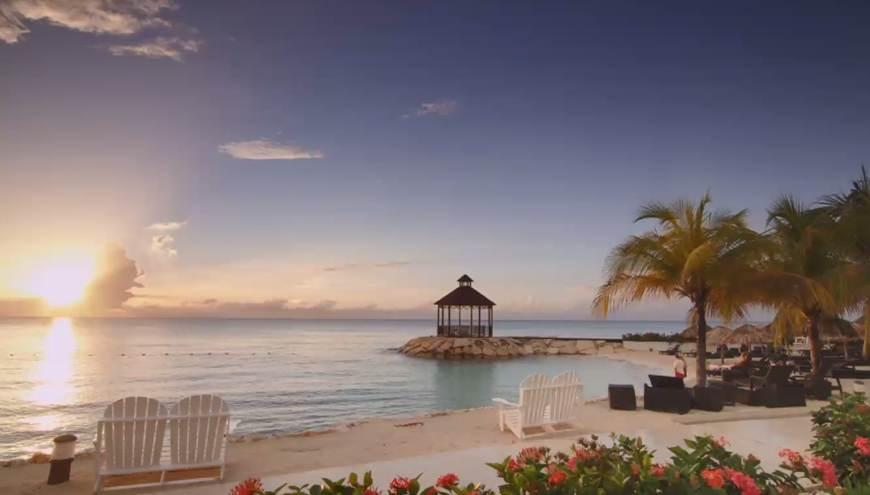 JAMAICA (CAPA)